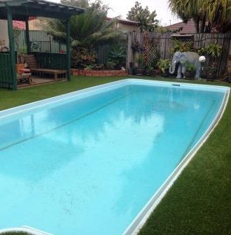 Pool surrounds Artificial Grass Brisbane, Sunshine Coast, Gold Coast, Logan, Ipswich, Redlands, - Turf Green