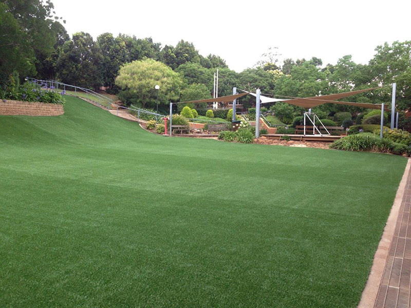Artificial Grass Brisbane, Sunshine Coast & Gold Coast, Logan, Ipswich, Redlands, - Turf Green