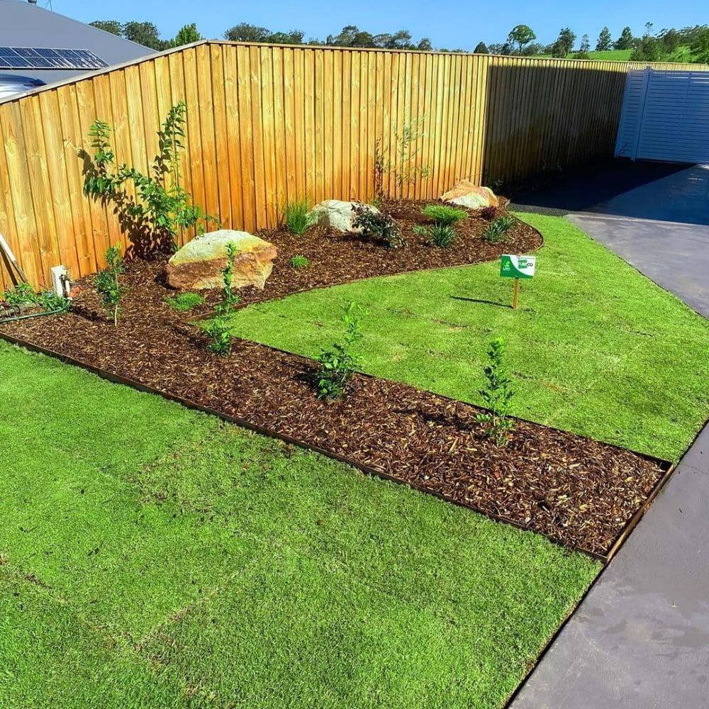 Straight Line garden edging